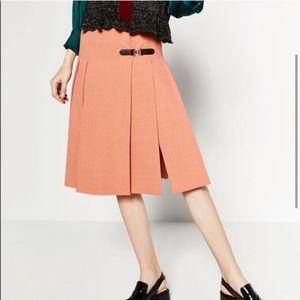 New pleated skirt